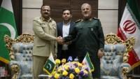 İran ve Pakistan İslam ülkeleri arasında birlik ve kardeşliğin artmasına vurgu yaptılar