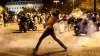 Fransa'nın dünya şampiyonluğu ardından Paris'te sokaklar karıştı