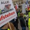 Sarı yeleklilerin Almanya'da protesto eylemi
