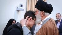 İslam inkılabı rehberi, İranlı satranç oyuncusunu takdir etti