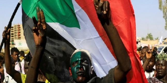 Sudan'da ki çatışmalarda onlarca ölü ve yaralı var