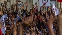 Tunus Halkı 'Yolsuzluk Yasası' Aleyhinde yürüyüş düzenledi