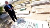 Hamas'ın yeni lideri Heniyye'nin ilk ziyareti Şeyh Ahmet Yasin'in kabrine