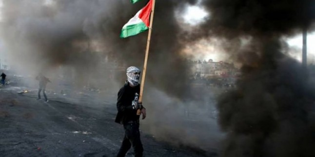 Foto: Kudüs İntifadası Tüm Hızıyla Sürüyor