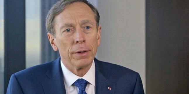 Amerikalı General David Petraeus, İran'ın Askeri Gücü Karşısında Zayıf Olduklarını İtiraf Etti