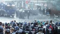 G-20 Zirvesi öncesinde polis ile göstericiler arasında olaylar çıktı