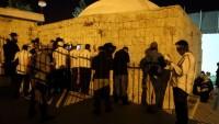 Yüzlerce Siyonist Yerleşimci Ayin İçin Averta Beldesine Baskın Düzenledi