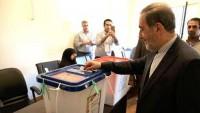Velayeti: İran halkı görkemli katılımla düşmanların oyunlarını bozdu