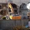 Siyonist Rejim Doğu Kudüs'te Filistinlilere Ait Bir Binayı Yıktı