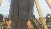 Taliban Üniversiteli Genci Şehir Meydanında Astı