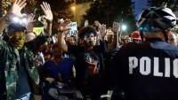 ABD'de siyahi vatandaşı öldüren polis yargılanmayacak