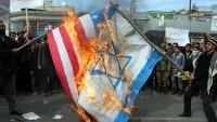 İran'da ABD ve İsrail bayrakları ateşe verildi