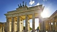 Berlin halkının çoğu başörtüsüne karşı değil