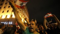 Lübnan'da hükümete 72 saatlik mühlet verildi