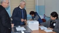 Bulgaristan'da cumhurbaşkanlığı seçimlerinin ilk tur sonuçları belli oldu