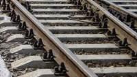 Teröristler İdlib demir yolunun bir bölümünü çalarak Türkiye'de satışa sunmaktalar