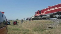 Elazığ'da tren minibüsle çarpıştı: 9 ölü 1 yaralı