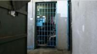 Siyonist Gardiyanlar Filistinli Hasta Esirin Vücudunda 28 Sigara Söndürdü