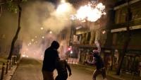 Yunanistan'da meydanlar savaş alanına döndü