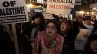 Amerika'nın Virginia üniversitesi öğrencileri İsrail karşıtı sloganlar attı