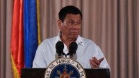 Filipinler Devlet Başkanı Duterte'den ABD'ye uyarı; Ülkemde silah depolama