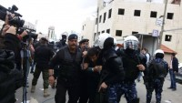 Mahmut Abbasa Bağlı Polis Çeteleri Bir Eski Esire ve Eşine Saldırdıktan Sonra Eski Esiri Gözaltına Aldı