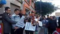 Gazzeli Gazeteciler Esir El-Gig'e Destek İçin Cenevre Sözleşmesi'ni Yaktı