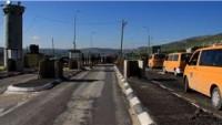 Siyonist İsrail Güçleri Havara Kontrol Noktasında Filistinli Genci Gözaltına Aldı