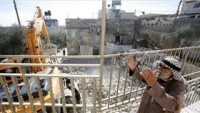 İşgalciler Doğu Kudüs'te Filistinlilerin Bina ve Tesisatlarını Yıktı