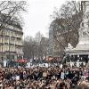 Fransa'da Yolsuzluk Aleyhinde Gösteri Düzenlendi