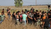 Siyonist İsrail askerleri Gazze sınırında Filistinlilere saldırdı