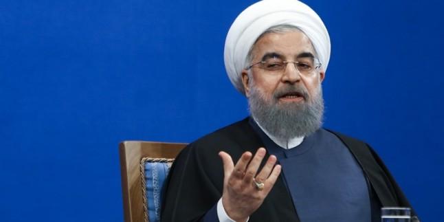 Ruhani: Amerikalılar, bölge halkı arasında ortaya çıkmaya cesaret edemiyorlar