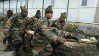 Keşmirli Direnişçilerle Hint Askerleri Çatıştı