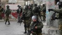 Siyonist İsrail askerleri 23 Filistinliyi gözaltına aldı