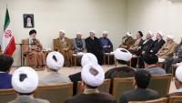 İmam Seyyid Ali Hamanei: Kum İlmiye Havzası'ndan dini meseleleri çözmesi bekleniyor