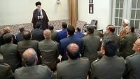 İmam Seyyid Ali Hamanei: Ordu gücünü günden güne arttırılmalıdır