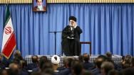 """İmam Ali Hamaney:""""İmam Humeyni'nin yolu dünya halklarını cezbediyor"""""""