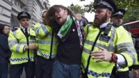 İngiltere'de artık anti-siyonist olmak, ırkçılık kabul ediliyor!