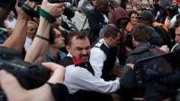 İngiltere'de Hükümet Protesto Edildi