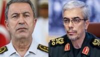 İran ile Türkiye genelkurmay başkanları görüştü