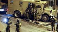 Batı Yaka'da Baskınlar Yapan Siyonist İşgal Güçleri 5 Filistinliyi Tutukladı