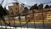 """Korsan İsrail """"tatbikat"""" için Filistinlilerin evlerini boşalttı"""