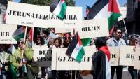 İtalya'da Kurtuluş Günü kutlamalarında Filistin bayrakları dalgalandı