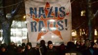 Almanya'da İslam düşmanı gösteriyi halk engelledi