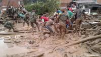 Kolombiya'daki selde ölü sayısı 300'e yaklaştı