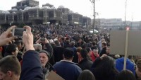 Kosova'da Sırbistan ve Karadağ ile varılan anlaşmalara karşı protesto gösterileri