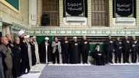 İmam Ali Hamaney'in huzurunda Kerbela şehitlerinin şehadetlerinin ilk gecesi anıldı
