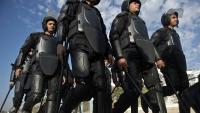 Mısır'da bir grup polis, Şarkiyye Emniyet Müdürlüğünü bastı