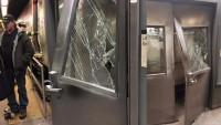 New York'ta tren raydan çıktı: 37 yaralı