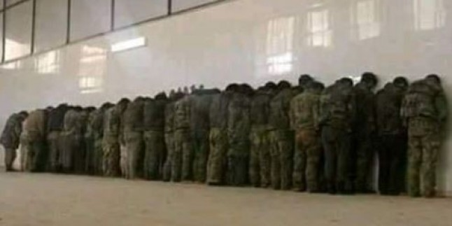 Suriye Ordusuna Ait Askeri Kamuflaj Elbiseleri Giyerek Saldırmaya Kalkışan Teröristler Sağ Olarak Ele Geçirildi